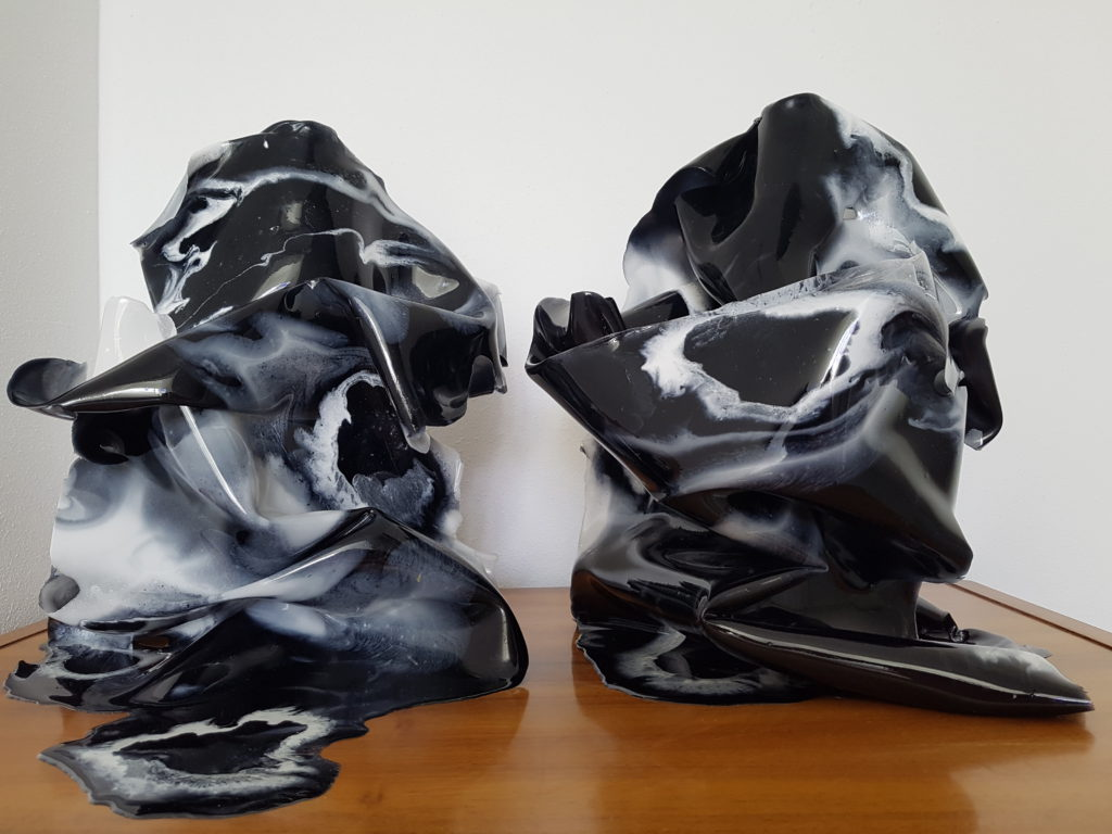 Epoxy kunst vaas Resin art zwart wit Antoynette Anema 20170301_132629