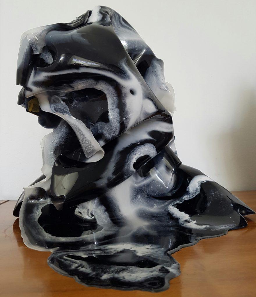 Epoxy kunst vaas Resin art zwart wit Antoynette Anema 20170301_133313
