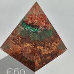 1-3 10 piramide orgonite koper groen antoynette anemaPiramide orgonite koper groen